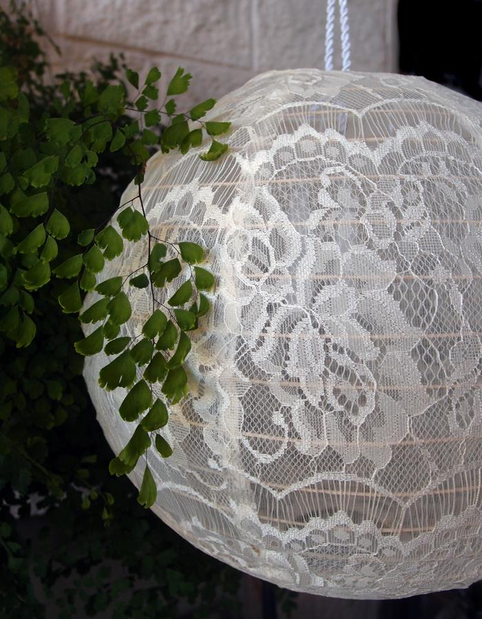 "20"" Beige / Ivory Round Lace Fabric Lantern, Even Ribbing, Hanging"