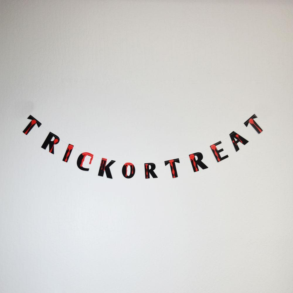 Trick-Or-Treat Bloody Halloween Paper Garland Banner (5FT) (100 PACK) - AsianImportStore.com - B2B Wholesale Lighting and Décor