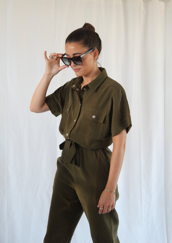 Evry Jumpsuit with cropped legs