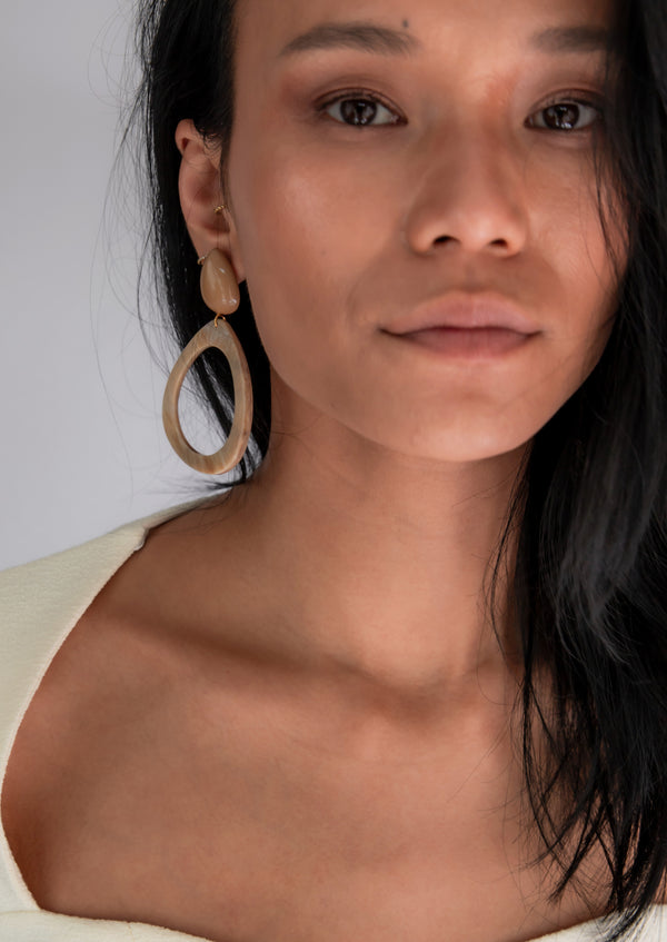 Kiku Earrings Camel