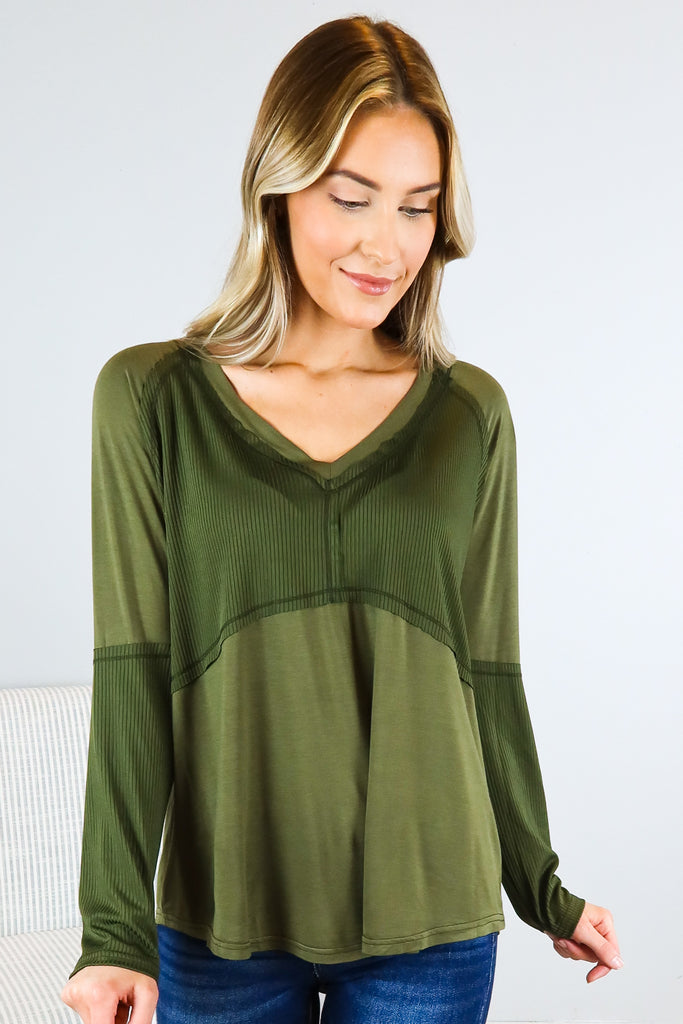 Mel V Neck Top - 2 Colors