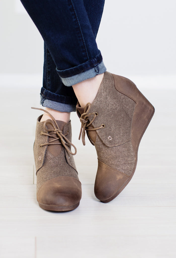 Oliver Twist Wedge Booties