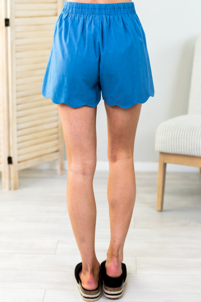 Isabelle Scalloped Shorts