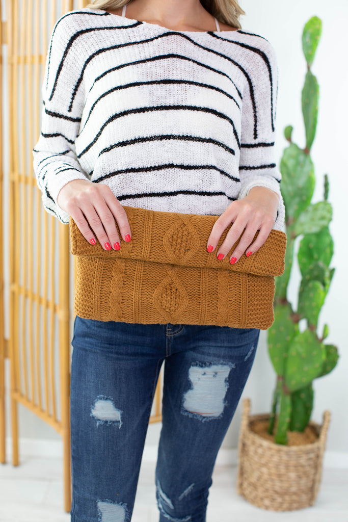 Willow Knitted Clutch