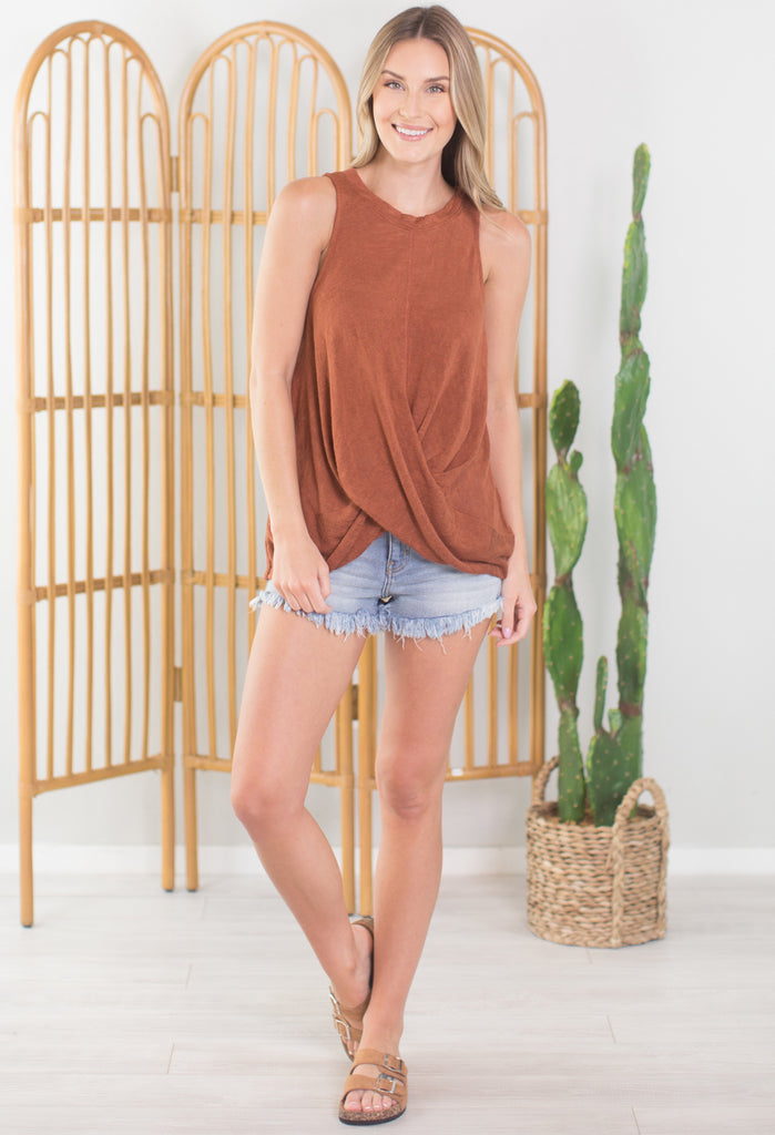 Madison Twist Front Top