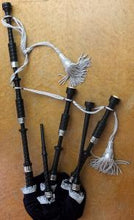 Charger l'image dans la galerie, Highland Bagpipe Delrin Synthetic Full Ferules Engraved - Bagpipes Galore