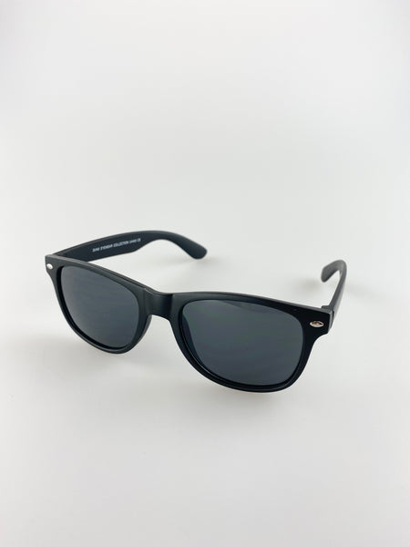 Classic Wayfarer Sunglasses With Black Matt Frame