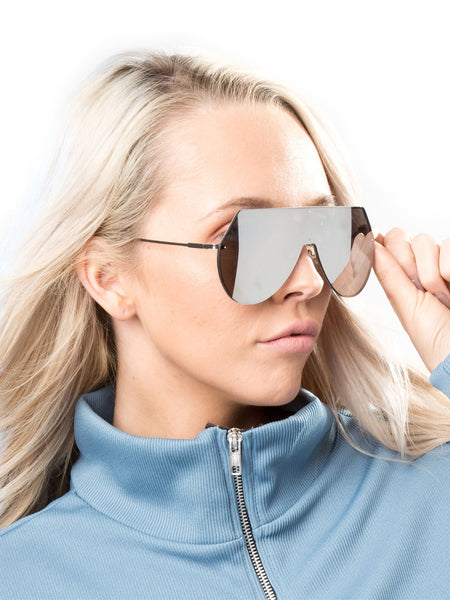 Frameless Visor Sunglasses With Silver Lenses