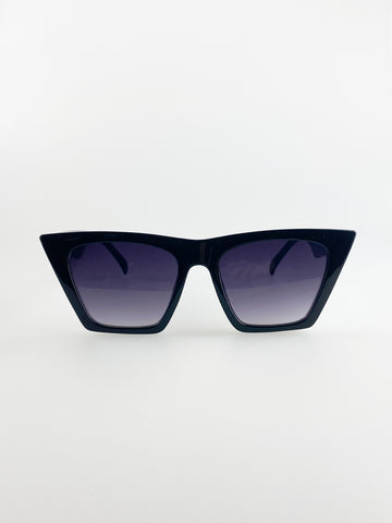 Oversized Cateye Sunglasses In Black