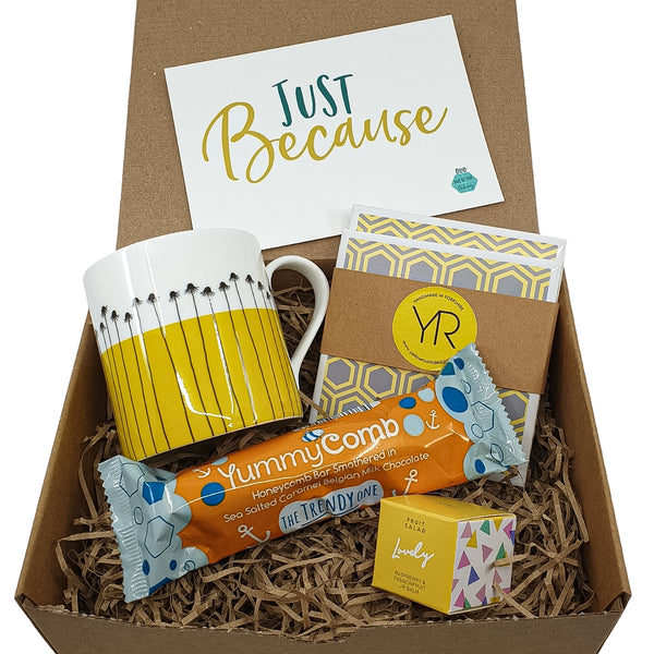 Mellow Yellow Gift Box