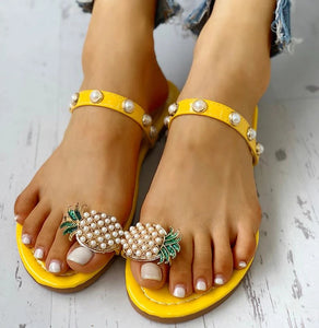 Caribbean Ruffles & Pineapple Toe Ring - Worlds Abroad