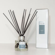 Load image into Gallery viewer, Atlantic Spray Fragranced Reed Diffuser