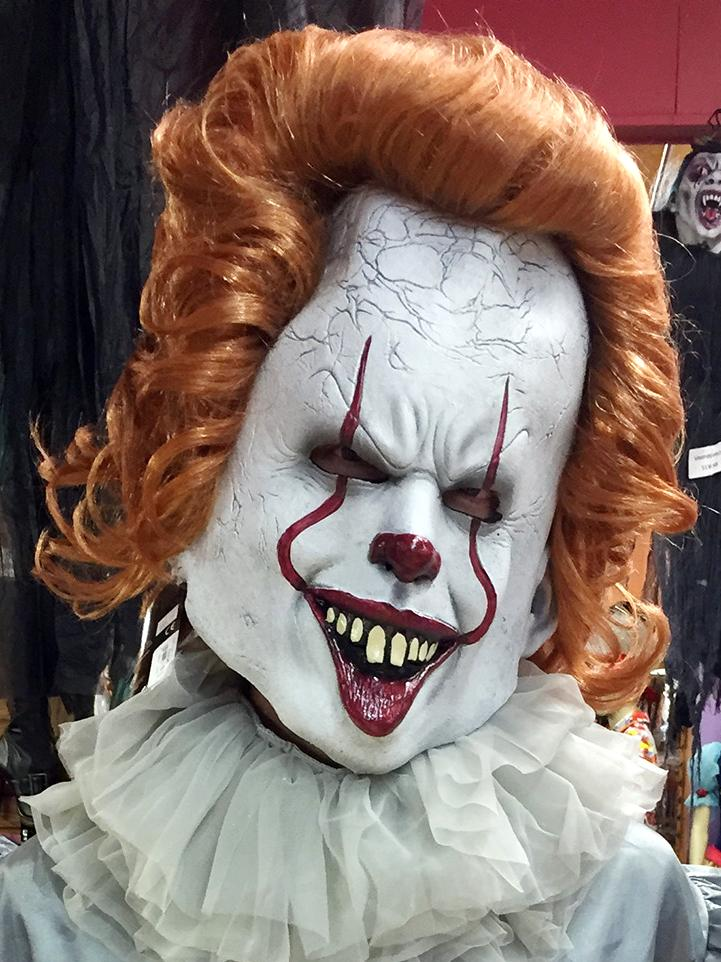 pennywise the clown costume and mask stagecoach