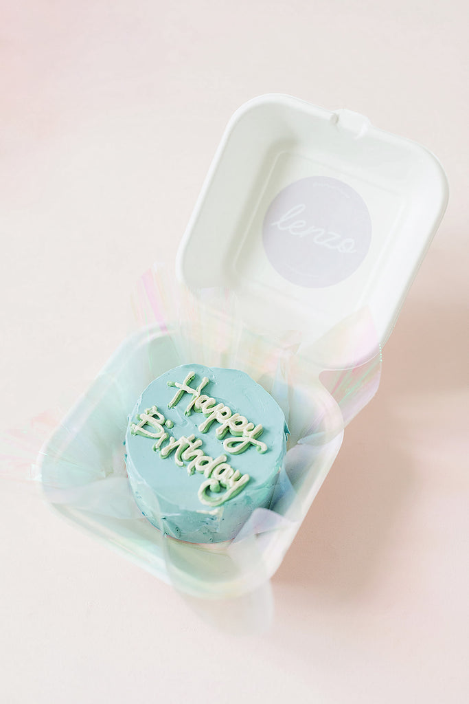 Mini Cake in a Burger Box - Bubblegum Blue