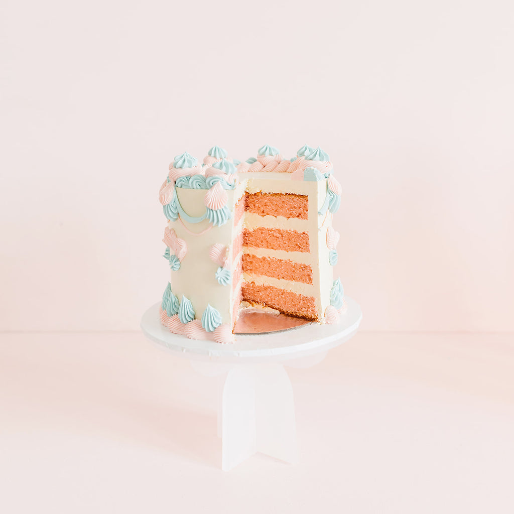 Gender Reveal Kitch Cake