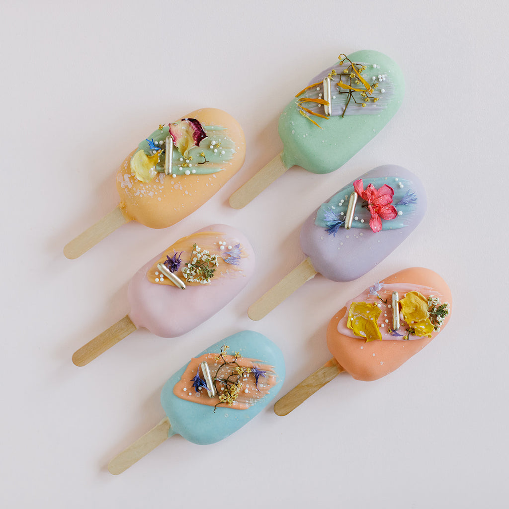 Floral Cake Pop Mint Green
