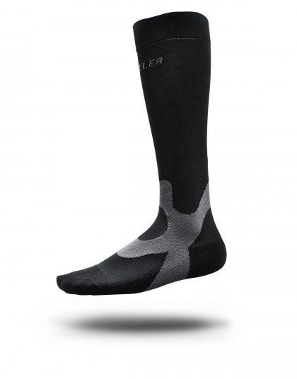 Mueller Graduated Compression Socks - Performance Equipment Mueller Small Black