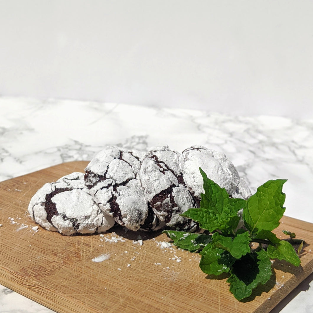 Mint Chocolate Crinkle Cookies
