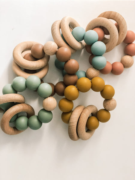Silicone Teether With Wood Rings - B.BabyCo