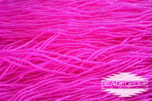 11/0 TR Hot Pink | Seed Beads