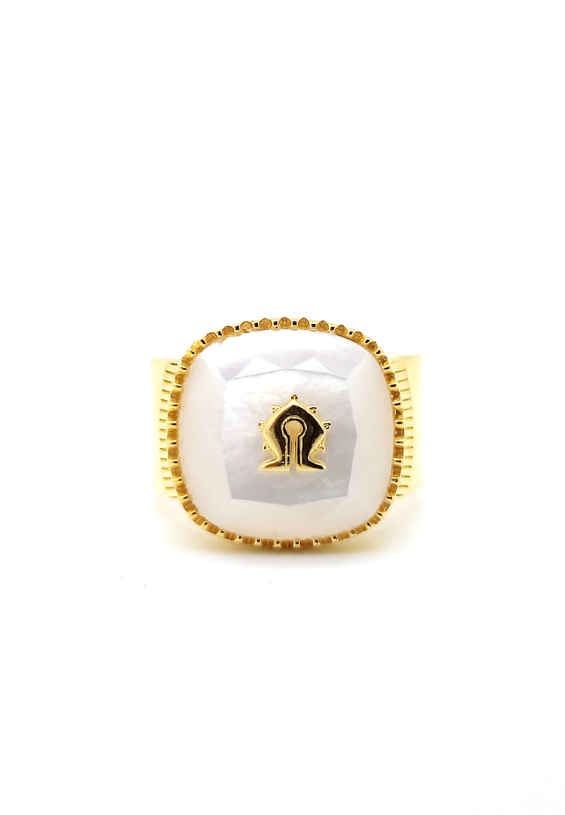 Mother of Pearl Mamuli Signet Ring