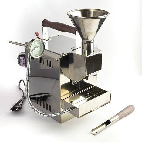 Kaldi Gas Coffee Roaster is made of a stainless steel body with a max capacity of 200gm.