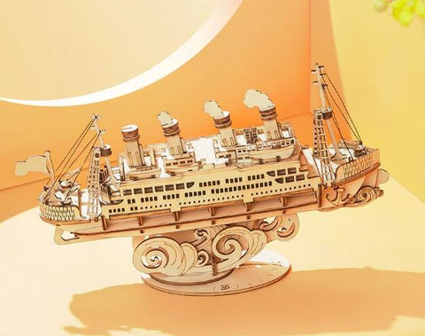 Cruise Ship DIY Model