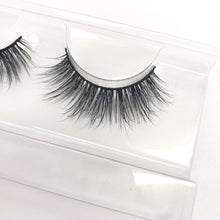 Load image into Gallery viewer, Deluxe Faux Mink Eyelashes - Adele
