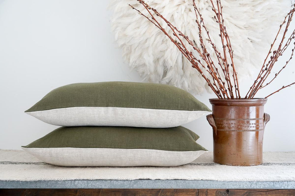 Load image into Gallery viewer, Moss and Oatmeal Linen 16 X 24 Pillow