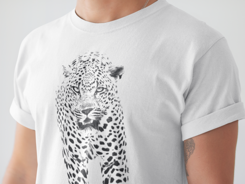 Walking Leopard T-shirt