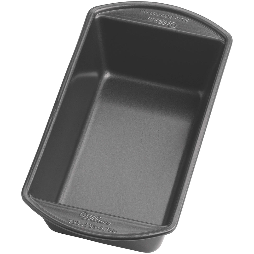 Wilton 2105-6806 Perfect Results Large Nonstick Loaf Pan, 9.25 by 5.25-Inch, Silver