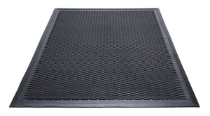 Guardian 14040600 Clean Step Scraper Outdoor Floor Mat, Natural Rubber, 4'x 6', Black, Ideal for any outside entryway, Scrapes Shoes Clean of Dirt and Grime 4' x 6'