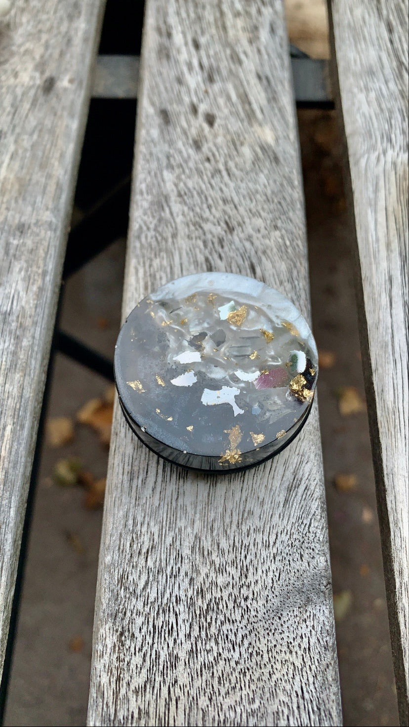 Black & Pearl Pop Socket - Pressbe Workshop