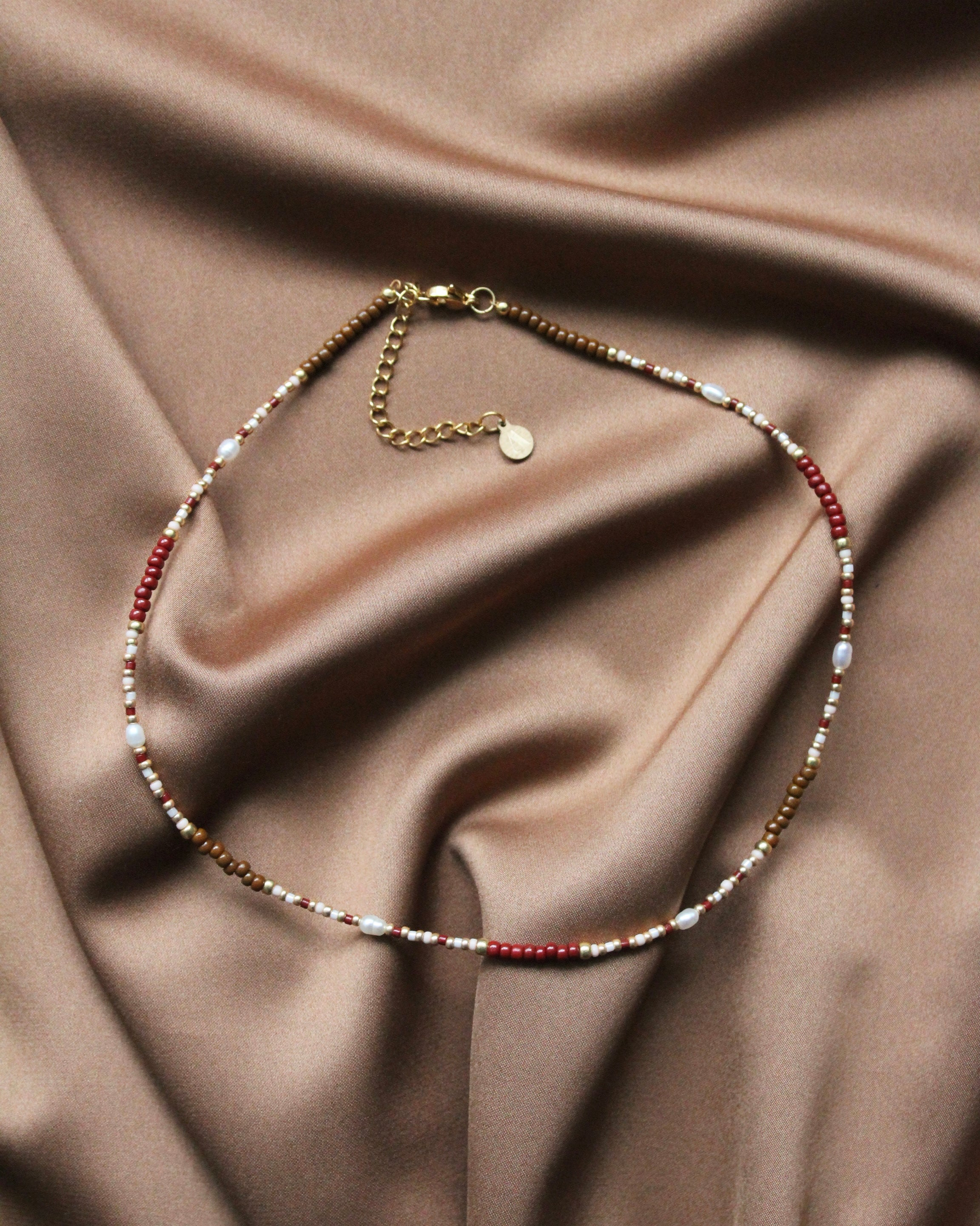 Rouge Necklace Twin Set