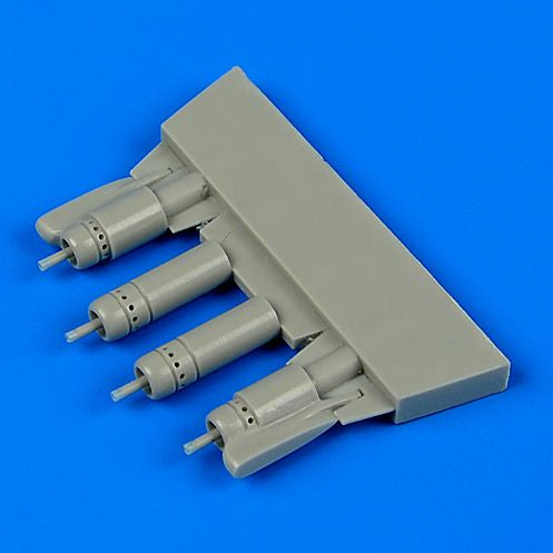 QB48672 Quickboost 1/48 Vought F4U-5 Corsair gun barrels with pylons (designed to be used with Hasegawa kits)