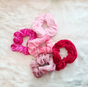 Velvet Scrunchies Set