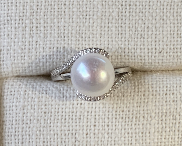 White Pearl Ring (Sterling Silver)