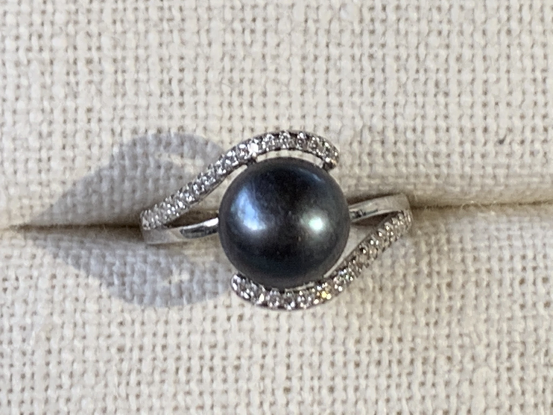 Peacock Pearl Ring (Sterling Silver)