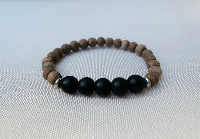 Kids gray wood & black onyx diffuser bracelet