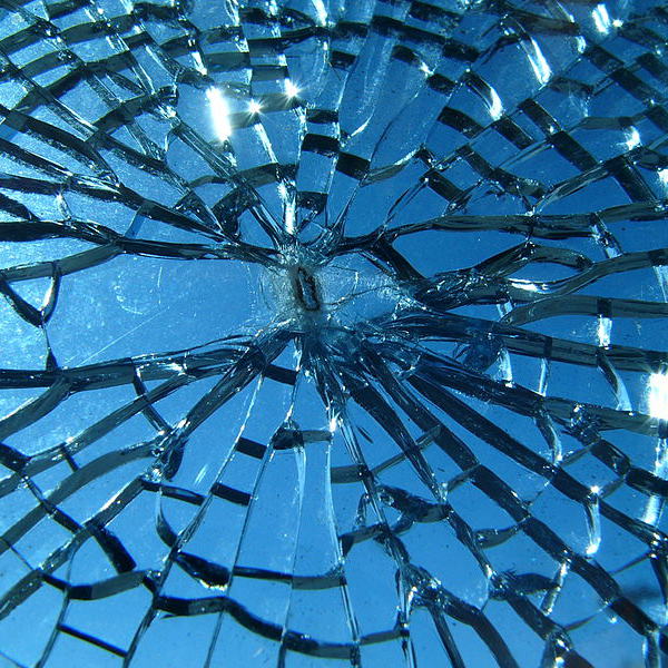 24 Hour Emergency Glass Replacement and Repairs