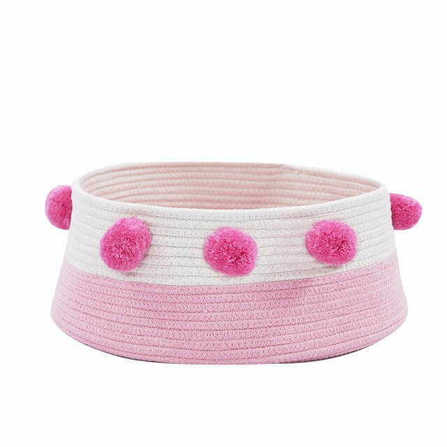 Breathable Round Pet Bed with Pom Poms