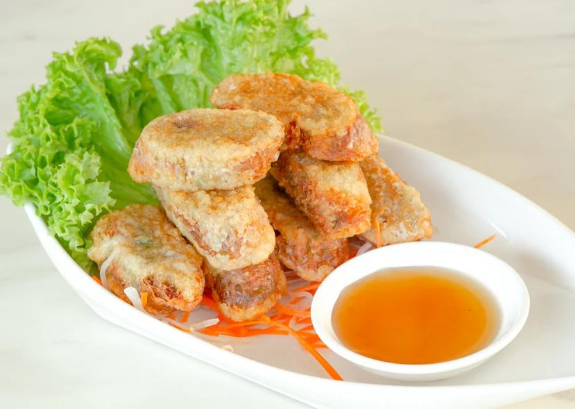 Homemade Fried Prawn Roll (8 pcs) 手工虾枣