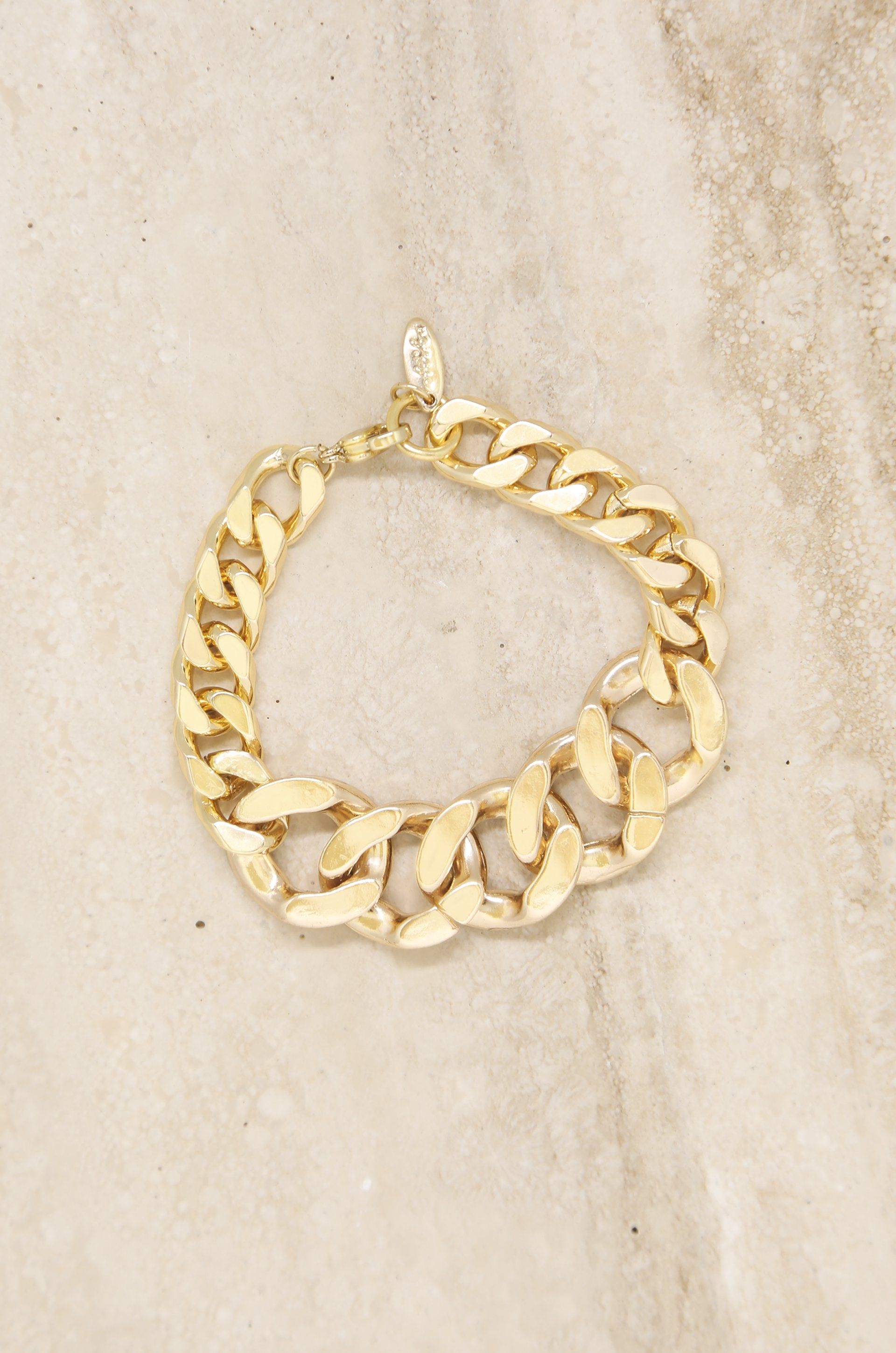 Ettika Big, Bad and Bold 18k Gold Chain Link Bracelet - Izzy & Gab