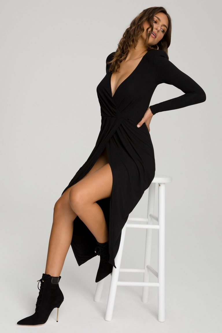Good American Strong Shoulder Wrap Dress