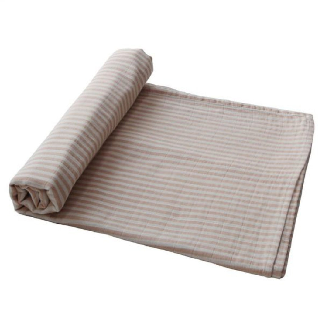 Extra soft muslin swaddle - peach stripes