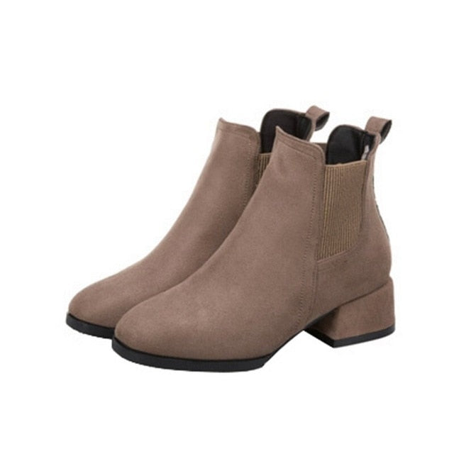 Women's Short warm Boots Winter/Autumn - Classy & Unique