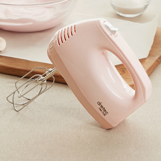 Hand Mixer in Baby Pink