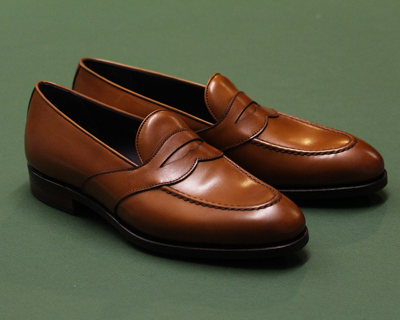 Penny Loafers 80372 on the Uetam EE last with Tomir rubber sole.