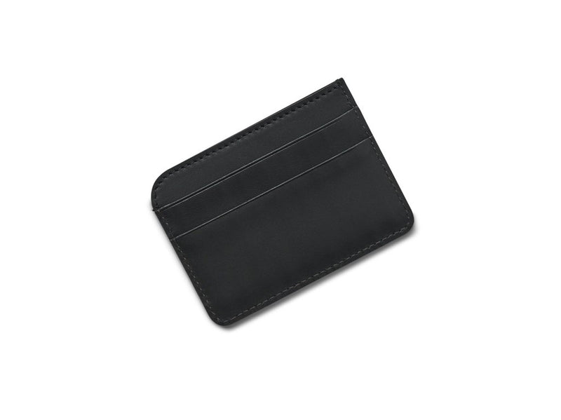 A neat little double-sided cardholder with two slots for credit cards to the front and back. A middle compartment leaves room for receipts and notes. Measurements:  L: 10   H: 7,3   W: 0,3cm Body: Vegetable tanned full-grain cow leather Leather trimmings: Vegetable tanned full-grain cow leather Lining: Cotton/nylon stripe lining in off white/anthracite Art. No. FG120120