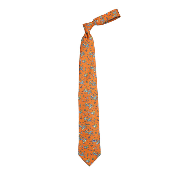 Printed silk tie with Mughal Hunter motif. Handmade at No.3 Haberdasher Street, London. 100% Silk Handmade in London, England Silk tipping 8cm x 147cm TIE-A3080N-20007-002-ONESIZE